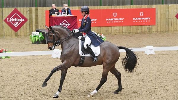 Charlotte Dujardin remporte le titre britannique 2020