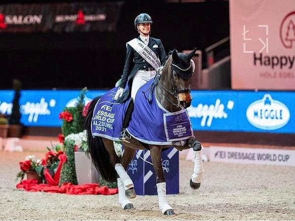 Jessica von Bredow-Werndl a remporté la Coupe du monde à Salzbourg