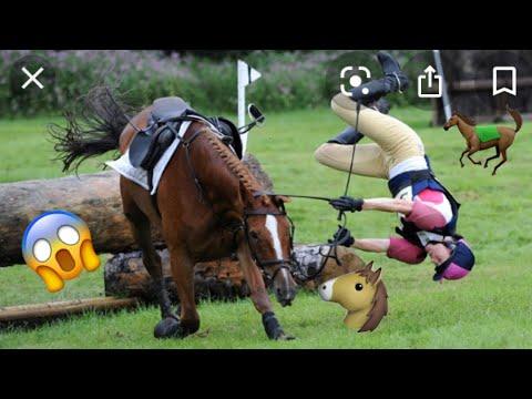 HORSE RIDING FAILS & FALLS😱 | EQUESTRIAN WORLD