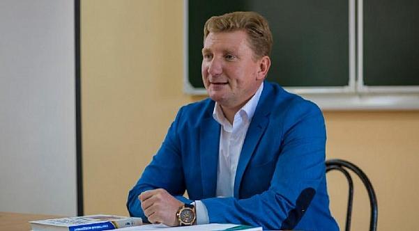 Réponse de Vladimir Beletsky à une lettre ouverte de Kharlam Simonia et Boris Kuzmin