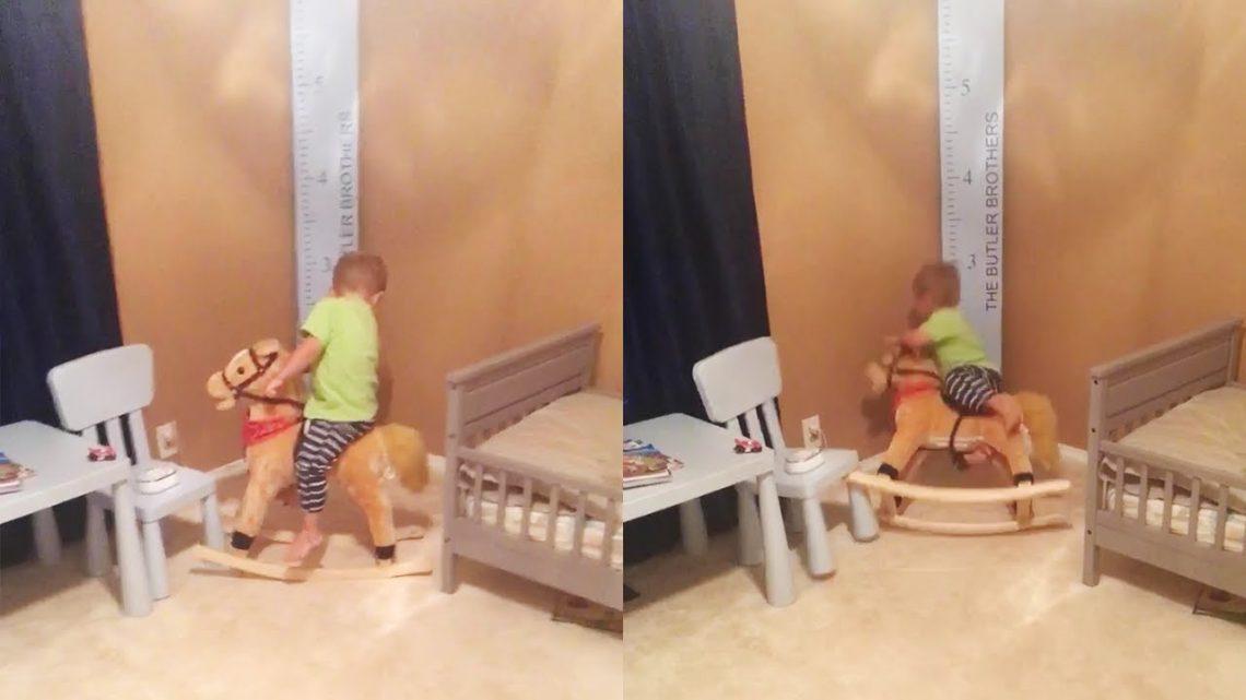 Funny Kid Fail – Un enfant qui tombe du cheval à bascule ||  Essayez de ne pas rire